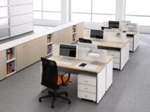 Çoklu ahşap ofis masası