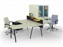 Modern DMO çalışma masası