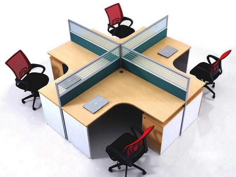 Seperatörlü büro çalışma masası