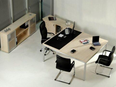 Pratika ofis mobilyası, Makam masası