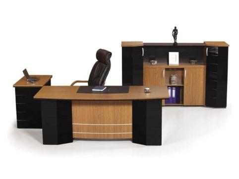 Roma yönetici masası