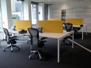 Ofis çalışma masası ve seperasyon uygulaması
