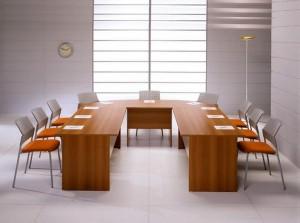 U model toplantı masası